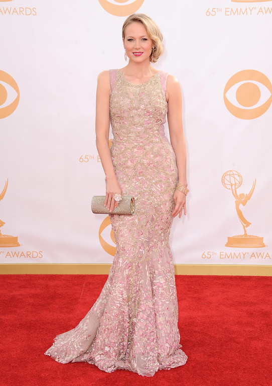 . Jewel arrives at the 65th Primetime Emmy Awards at Nokia Theatre on Sunday Sept. 22, 2013, in Los Angeles.  (Photo by Jordan Strauss/Invision/AP)