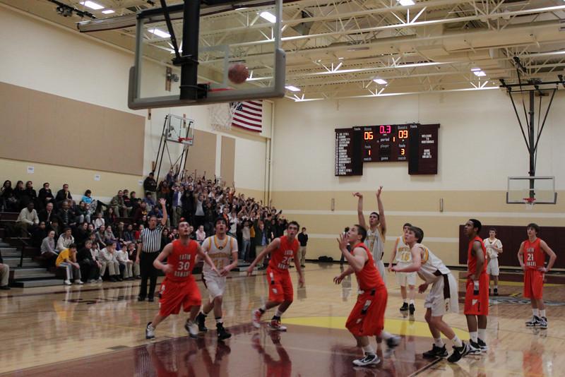 Varsity Basketball (7).JPG
