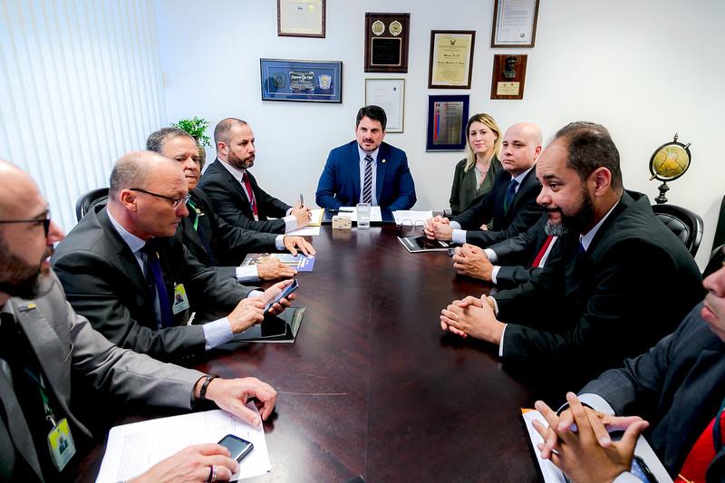 27082019_representantes da FENAPEF,FENAPRF e SINPOL DF_Senador Marcos do Val_Foto Felipe Menezes_07.jpg