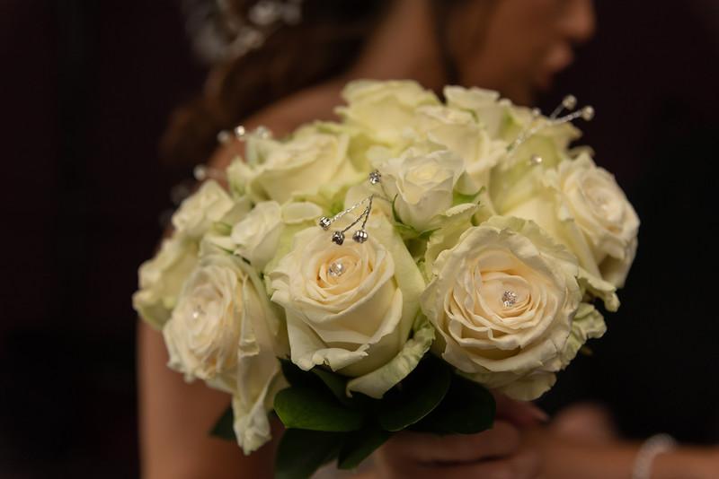 01 Bridal Prep-118.jpg