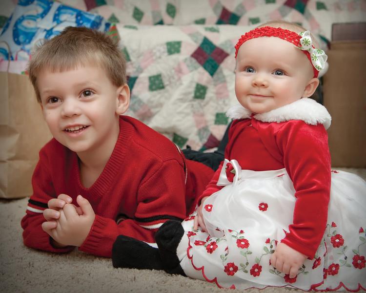 05 Christmas 2012 (Nicol) - Cooper & Faith (10x8).jpg