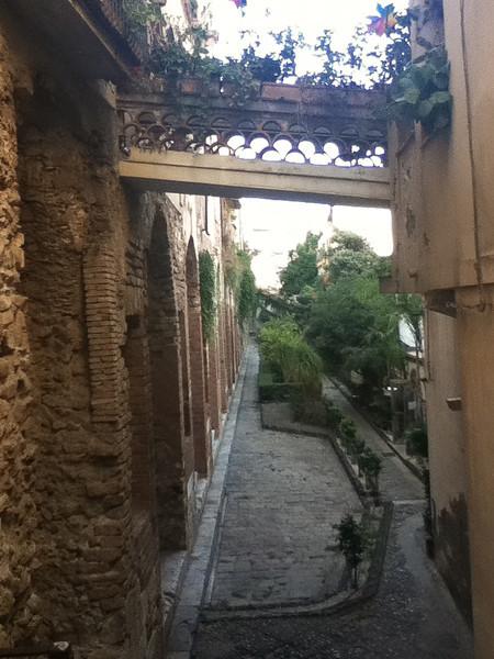 20110812-Ginka-Sicily-20110812--IMG_1086--0215.jpg