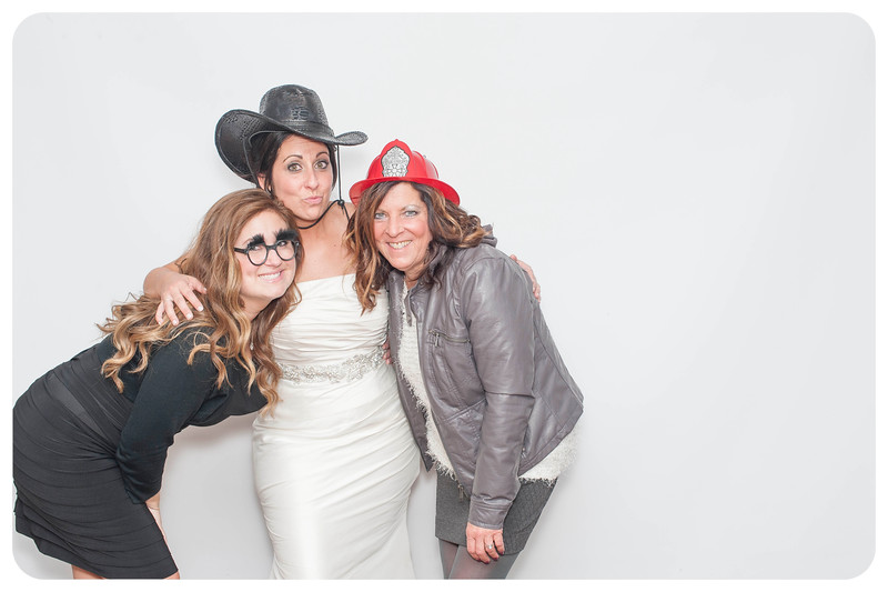 Courtney+Will-Wedding-Photobooth-222.jpg