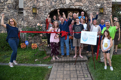 09-26-17 Ribbon Cutting at Everyday Counts Therapy Services LLC