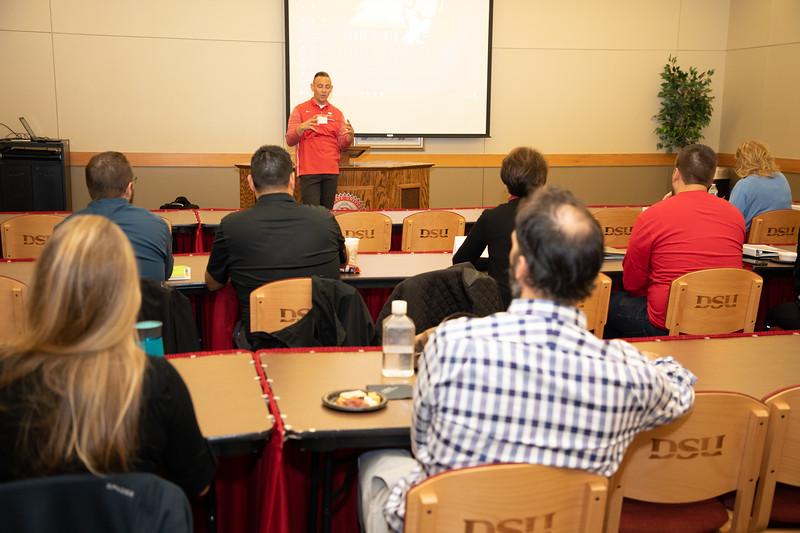 Leadership meeting-5153.jpg