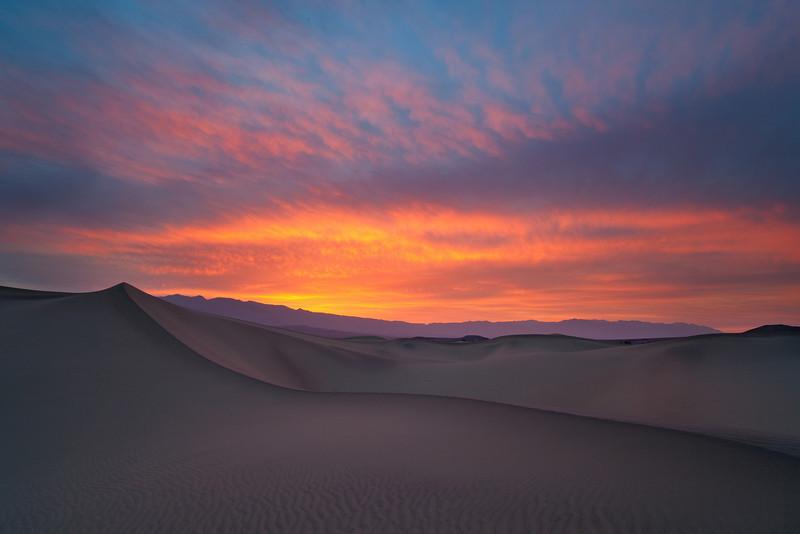 Mesquite Flats Sand Dunes at Sunrise