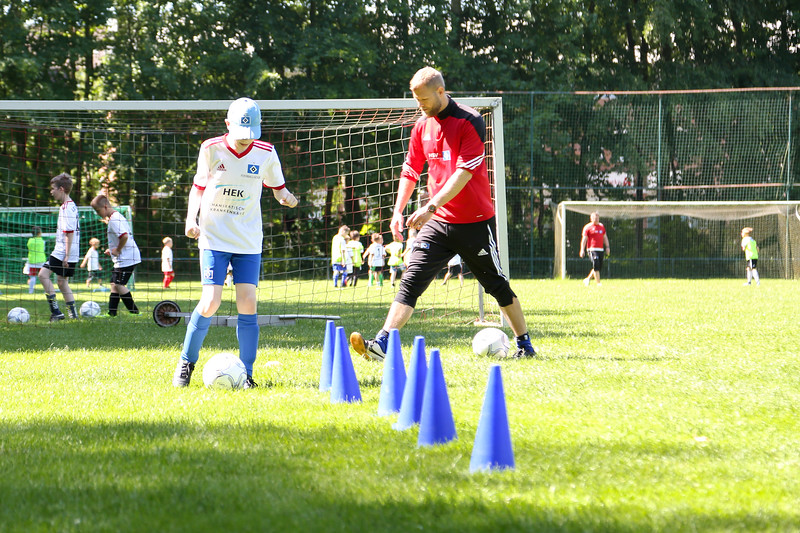 hsv_fussballschule-327_48047995258_o.jpg