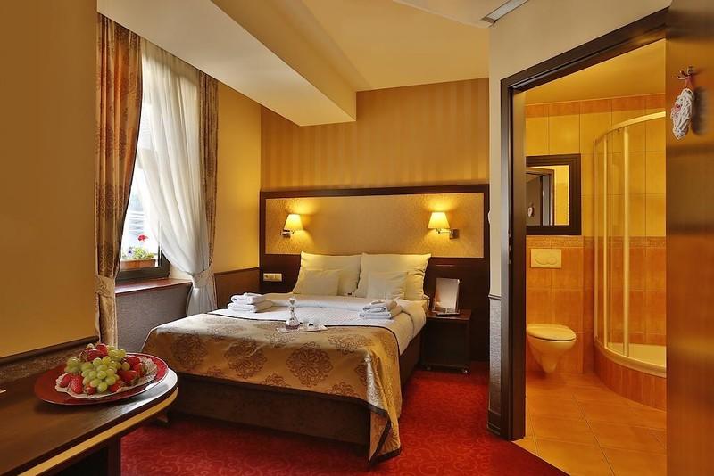 hotel-wielopole-krakow1.jpg