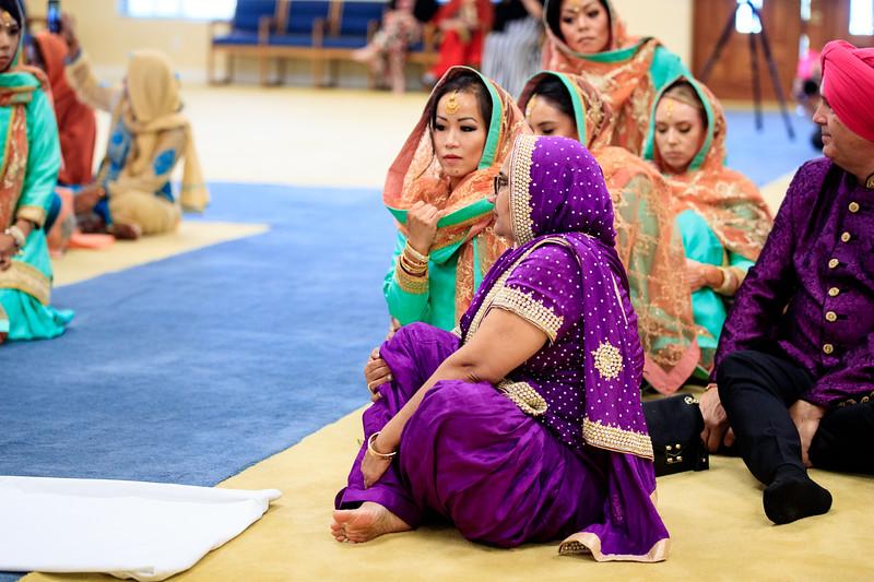 Neelam_and_Matt_Gurdwara_Wedding-1345.jpg