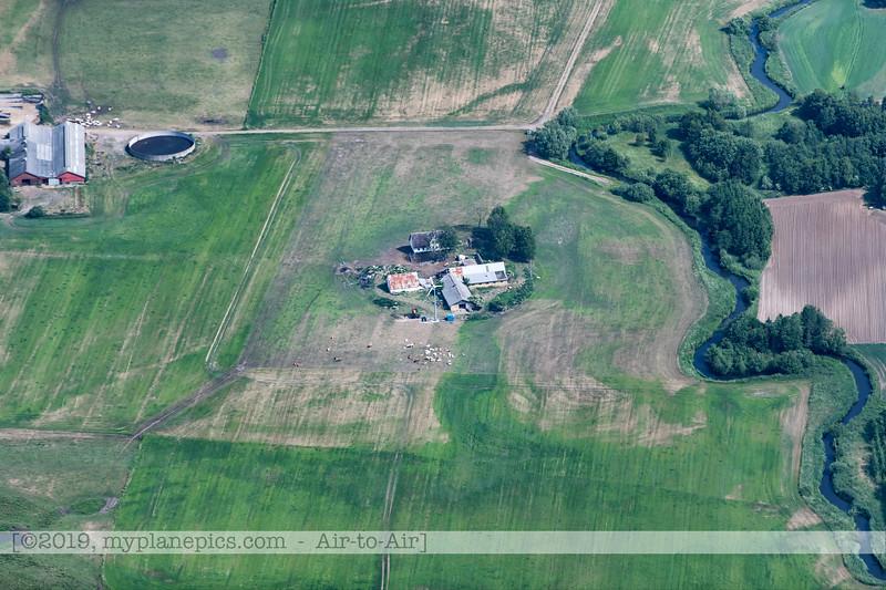 F20180609a110036_2050-Skyvan-porte ouverte-paysages-fermes-Aalborg,Danemark.JPG