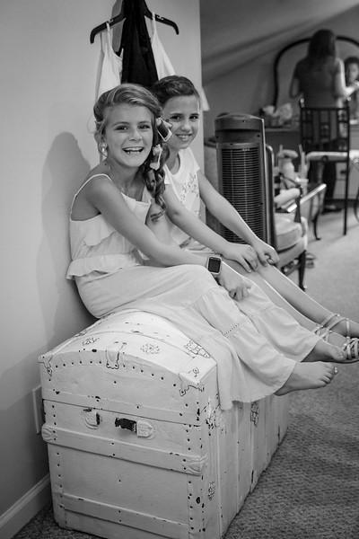 heritage-prairie-farm-wedding-elburn-il-16.jpg