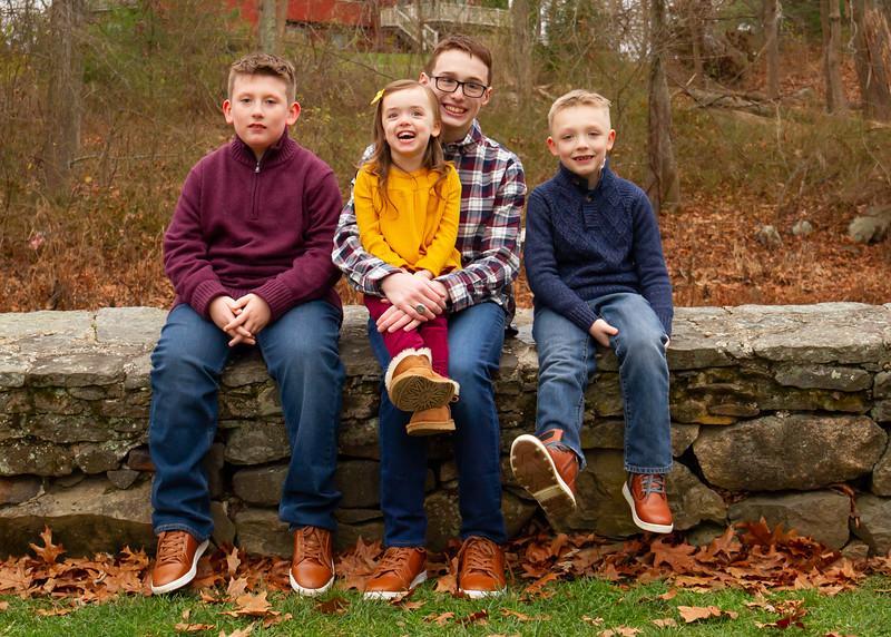 madiganlll_family_201122-19-LR.jpg
