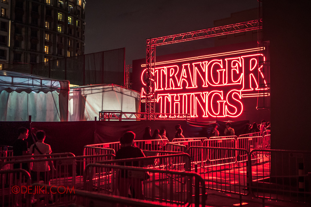 USS Halloween Horror Nights 8 Stranger Things haunted house maze - iconic Stranger Things titles