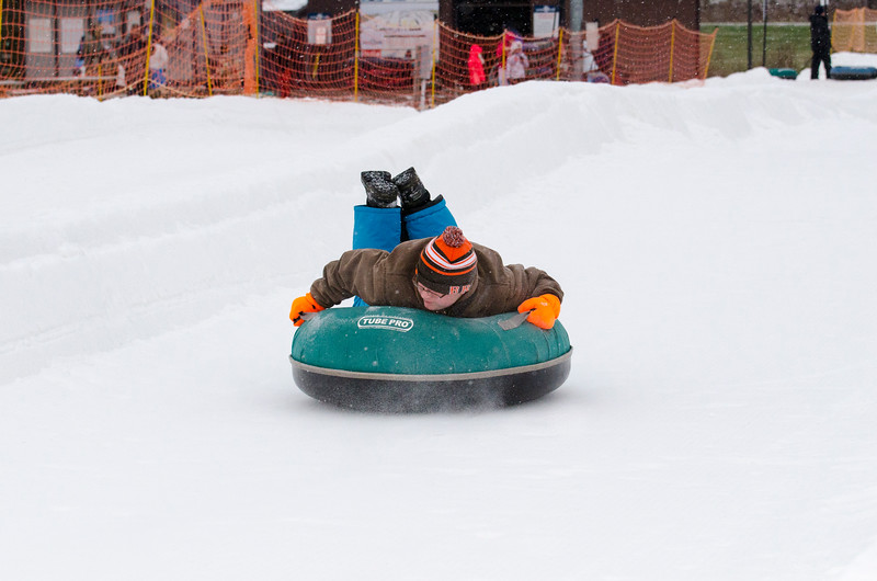 Opening-Day-Tubing-2014_Snow-Trails-71016.jpg