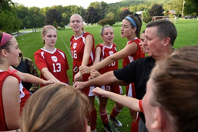 LTS Varsity Girls Soccer vs Arlington I photos by Gary Baker