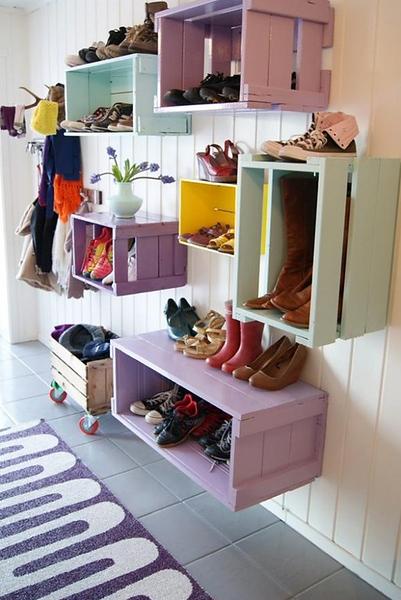 Shelves_Crates.jpg