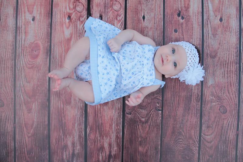 Evie-3 months (166).JPG