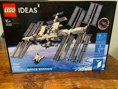 2020-05 International Space Station LEGO Kit build