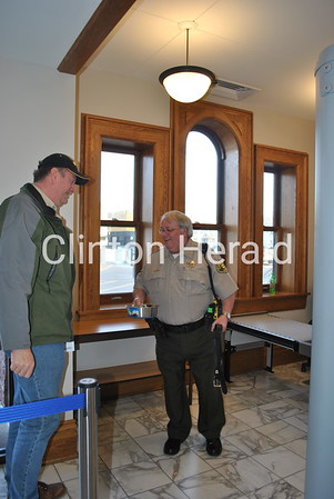 4/3/2013 Courthouse security