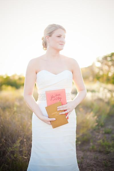 Lindsey's Bridals-249.jpg