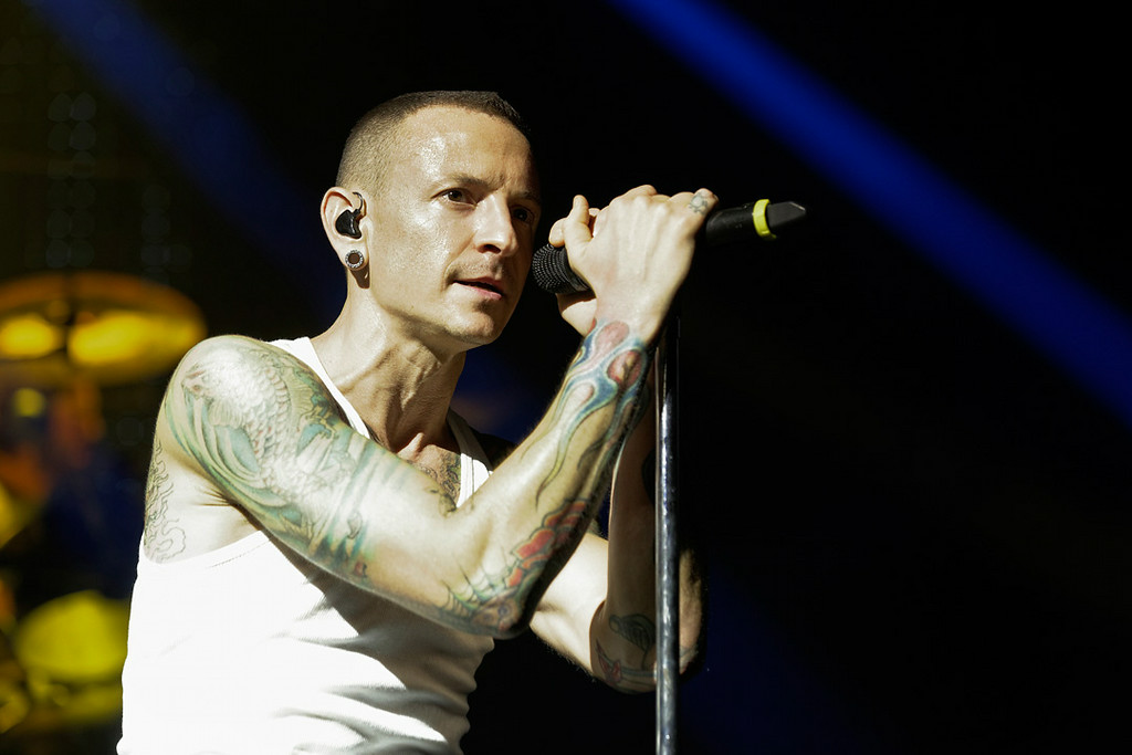 . Chester Bennington of Linkin Park performs at DTE Energy Music Theatre on Aug. 30, 2014. Photo by Ken Settle