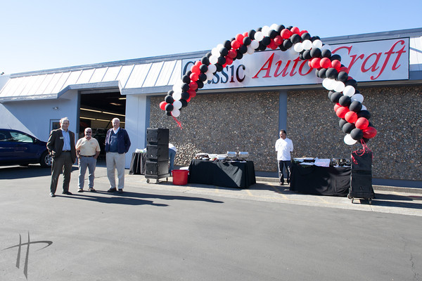 111412_SRRibbonCutting@ClassicAutoCraft