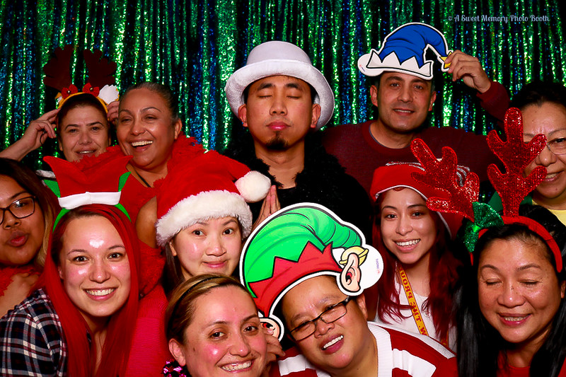 Medtronic Holiday Party -456.jpg
