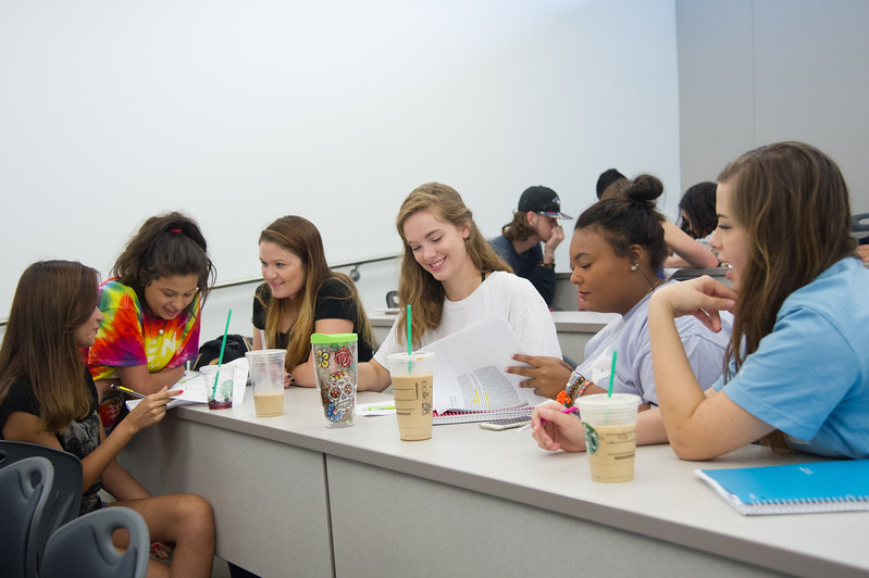 (left to right)Alyssa Cantu, Crystal Tovar, Aspen Tribble, Adeline Capps, Danielle Petrella and Jackie Lee work together on a quick quiz in Composition 1301.