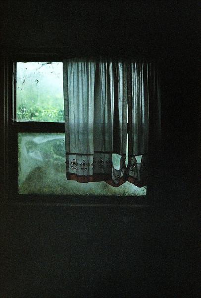 curtainnnns.jpg