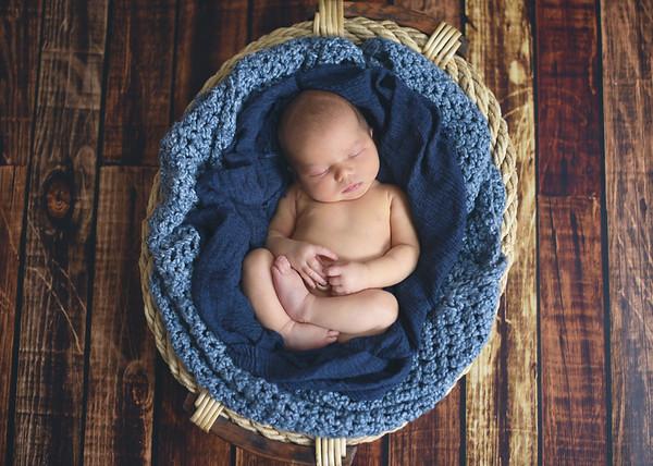 Max {newborn}