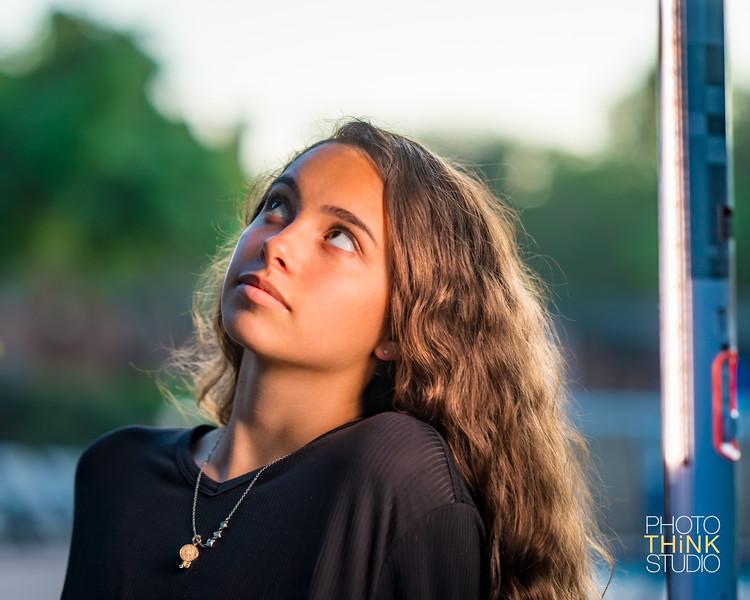 Mia Gomez Portrait2-4.jpg