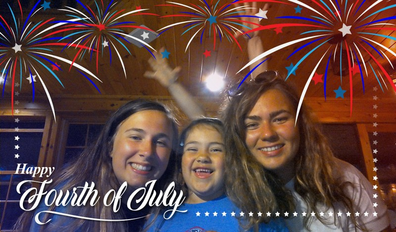 18 07 04 Laurel Lake 4th of July Photo Booth
