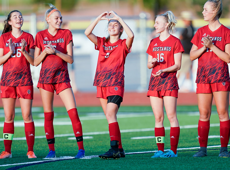 CCHS-vsoccer-pineview0132.jpg