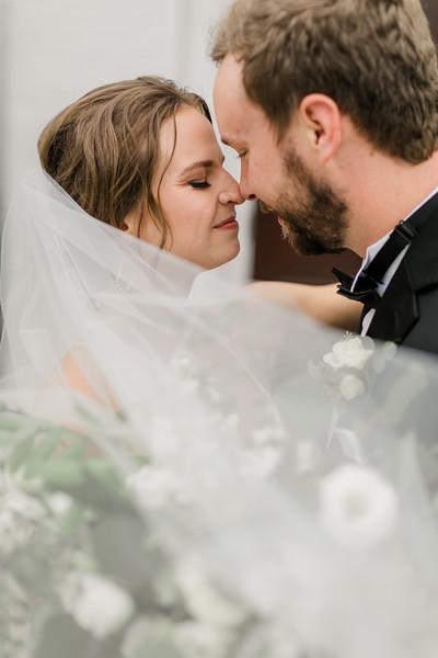 439_Ryan+Hannah_Wedding.jpg