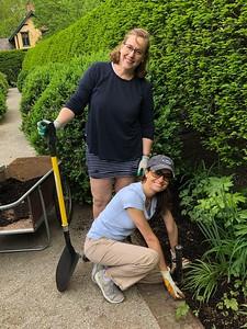 GC Ladies Working in Ashland Garden