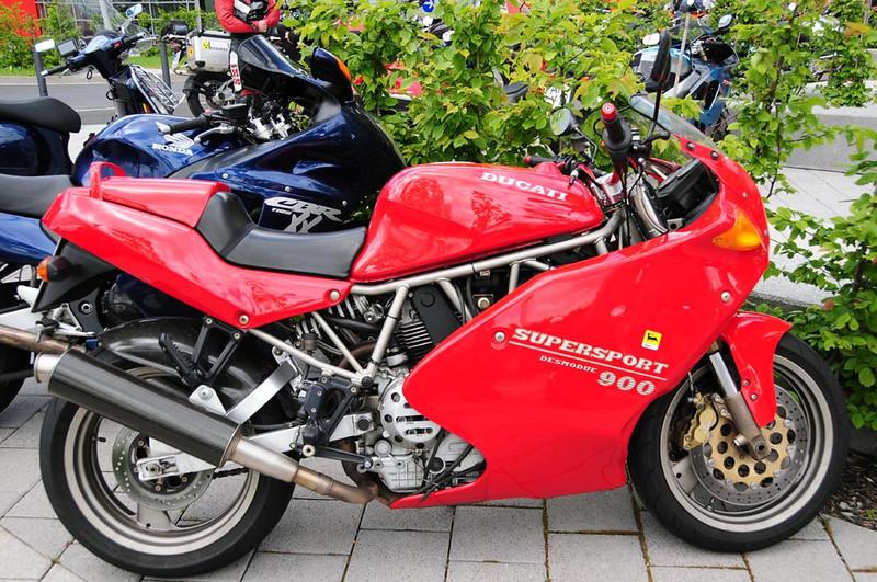 Nurburgring Ducati Supersport 900.jpg