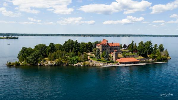 Singer Castle - Dark Island