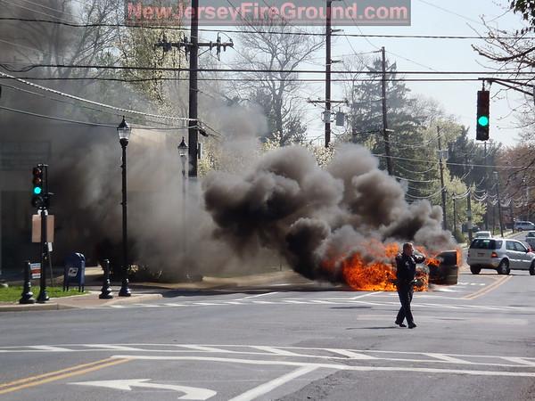 3-27-2012 (Camden County) BARRINGTON Clements Bridge Rd. & Gloucester Pike Vehicle Fire