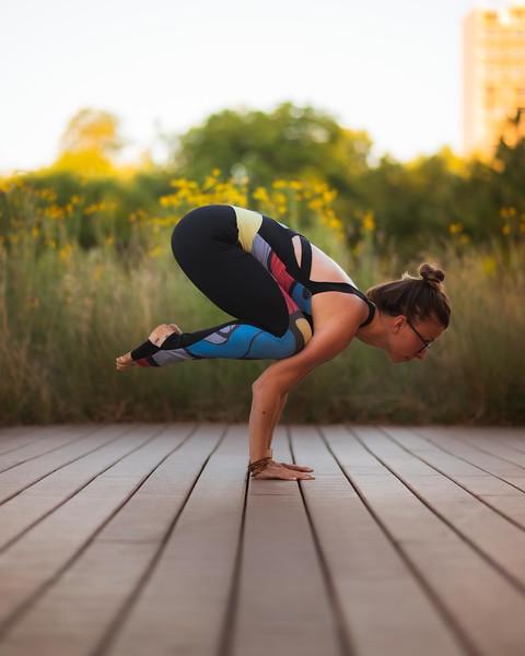 Online Yoga - Lincoln Park Shoot-1196.JPG