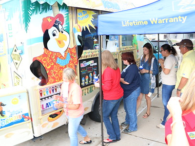 GCM win Bates Collision Center contest and gets a visit from the Kona Ice Truck