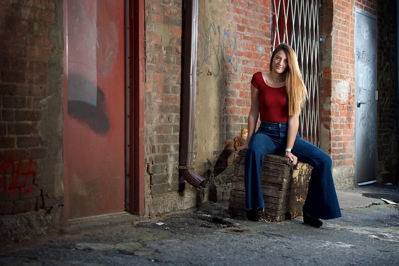 Sophie Senior Portraits 17.jpg