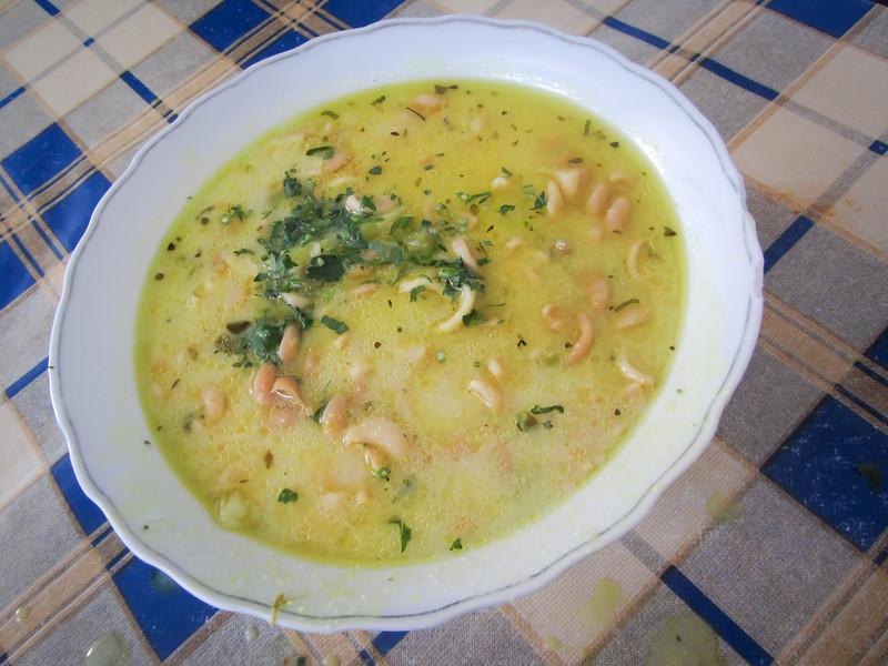 Sucre 201205 Sopa de Mani (2).jpg