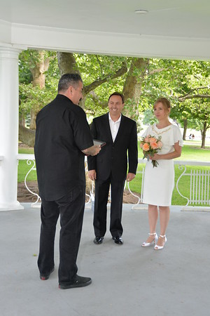 WEDDING DAY PHOTOS - PIONEER PARK