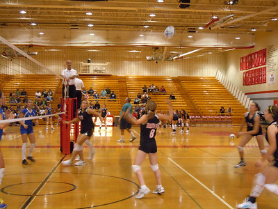 2010 10 05:  Esko, Duluth East Volleyball for GVBC