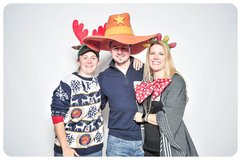 Champlin-Holiday-Photobooth-11.jpg
