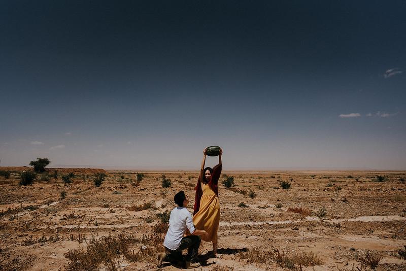 Tu-Nguyen-Destination-Wedding-Photographer-Morocco-Videographer-Sahara-Elopement-278.jpg