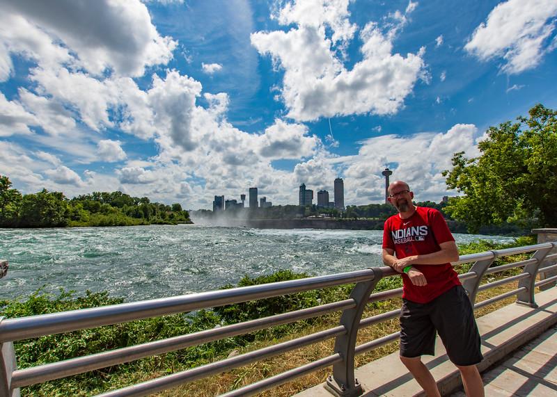 Joel-Niagara-Falls.jpg