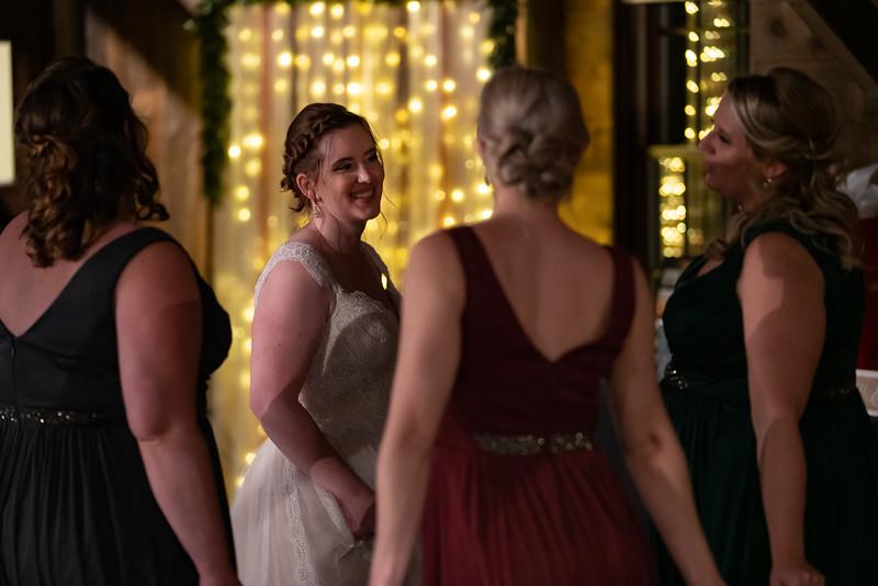 rustic_ohio__fall_barn_wedding-438.jpg