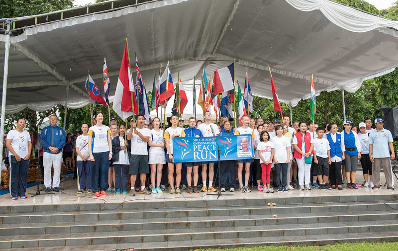 20170202_Peace Run Denpasar w_Mayor_132.jpg