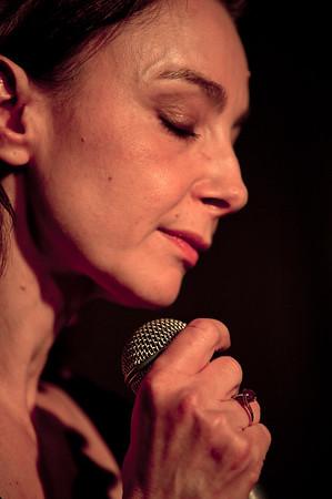 20 février 2015 - Valérie Mischler chante Dimey au Connétable